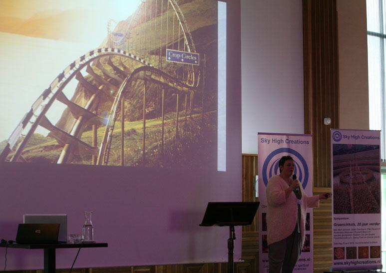 Symposium-08.jpg