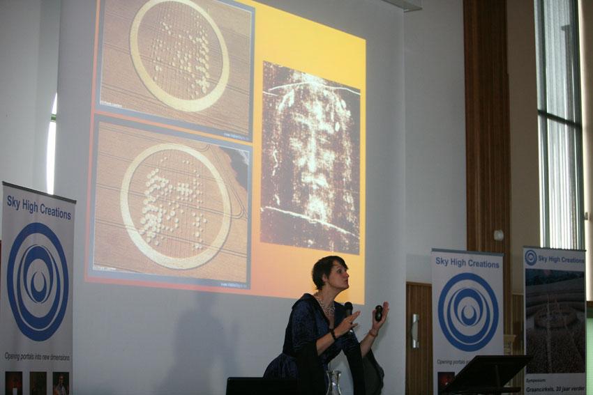 Symposium-25.jpg